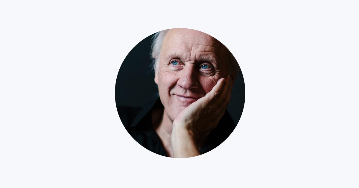 Herman van Veen on Apple Music