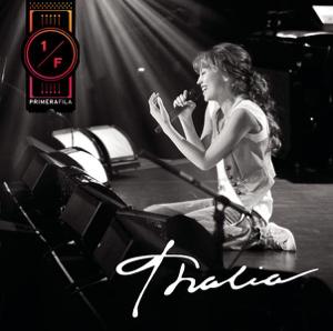 Thalía - Estoy Enamorado (Live)