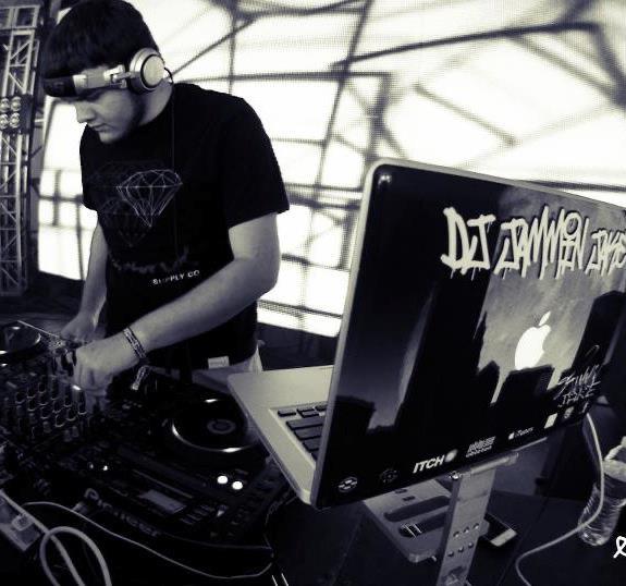 DJ JAMMIN JAKE