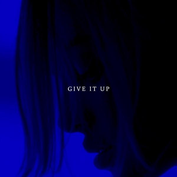 Rico Rolando - Give It Up
