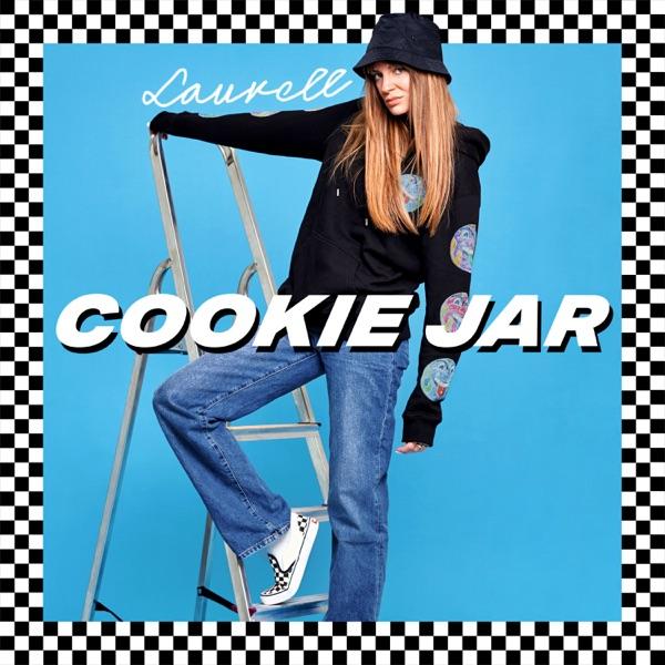 Laurell mit Cookie Jar