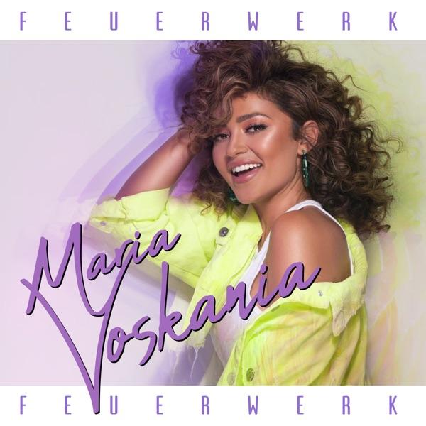 Maria Voskania mit Feuerwerk