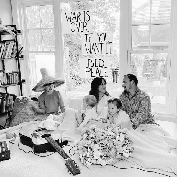 Alanis Morissette Happy Xmas (War Is Over)