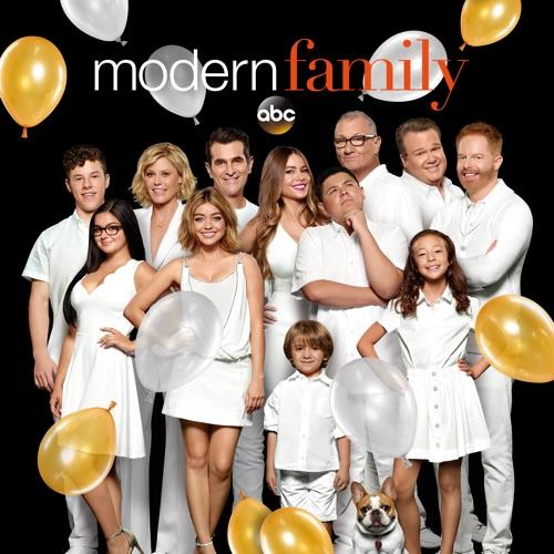 Modern Family, Season 9 poster
