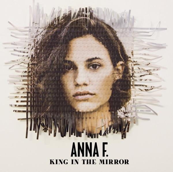 Anna F. mit DNA