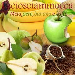 Mela, pera, banana e caffè