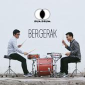 Bergerak (feat. Maryo Henc) - Dua Drum