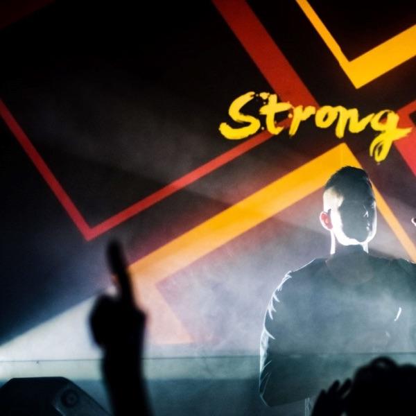 Strong R. - Party Mixes 🎵