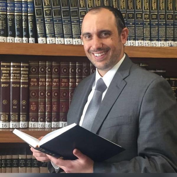 Rab.Yosef Camahi Shorashim Yad