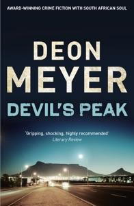 Devil's Peak Door Deon Meyer Boekomslag