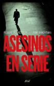 Asesinos en serie Book Cover