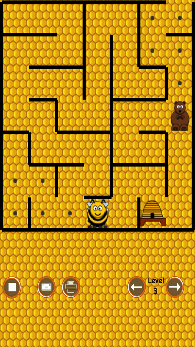 Beehive Maze Race (bee against the bear) screenshot one