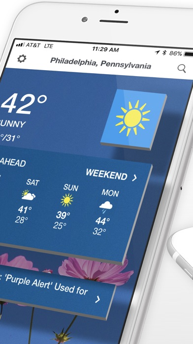 The Weather Channel: Tracker app