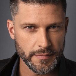 Greg Vaughan Official