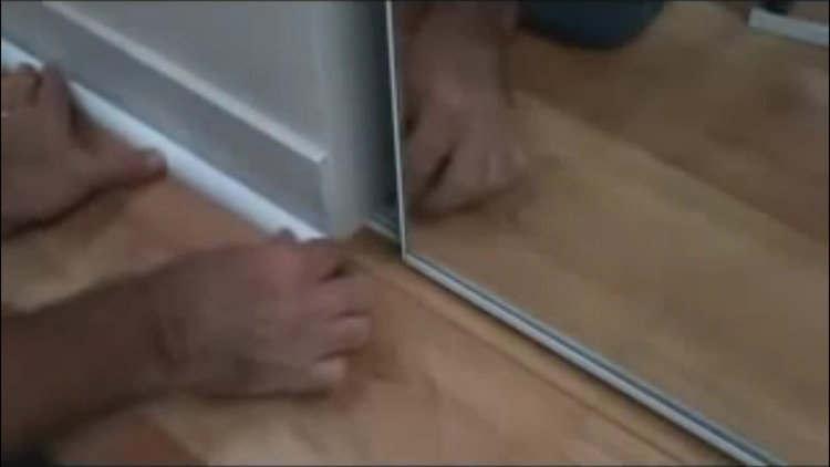 How To Lay Laminate Flooring screenshot-3