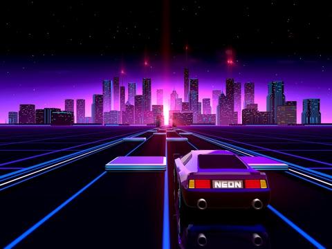 Neon Drive - '80s style arcade на iPad