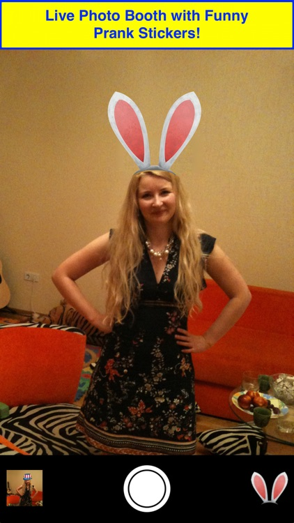 Antlers Booth: Try antlers & bunny ears!