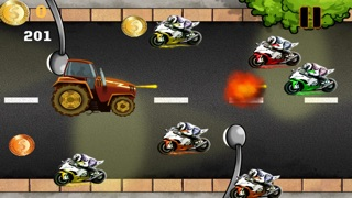 Awesome Tractor Race - Turbo Farm Speed Racing Screenshot on iOS