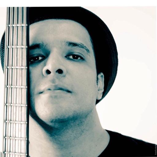 Valter Kabas - Bassist
