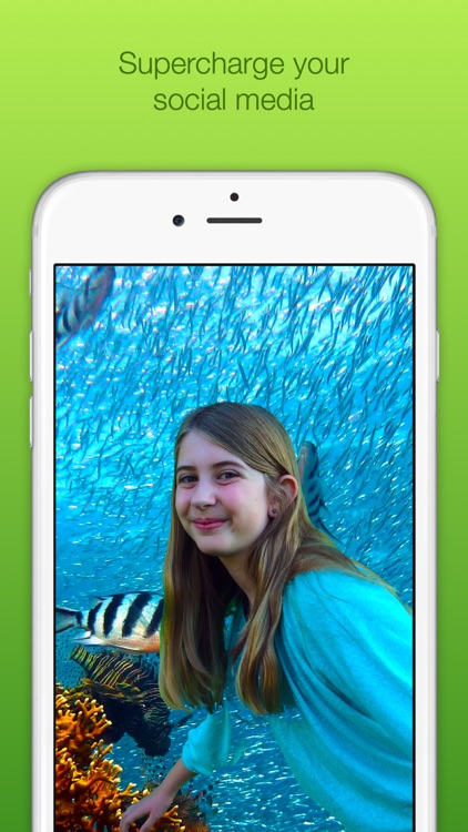 Chromatic Camera - Green Screen Photo Booth
