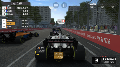 Screenshot from F1 Mobile Racing