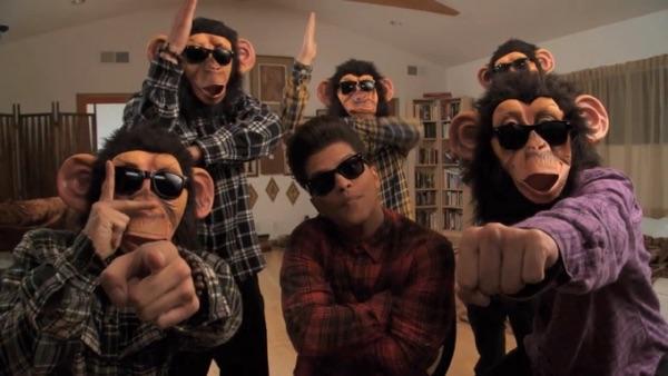 Bruno Mars -  music video wiki, reviews