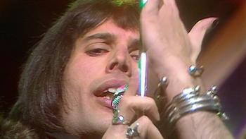Queen Killer Queen (Top of the Pops, 1974) music review