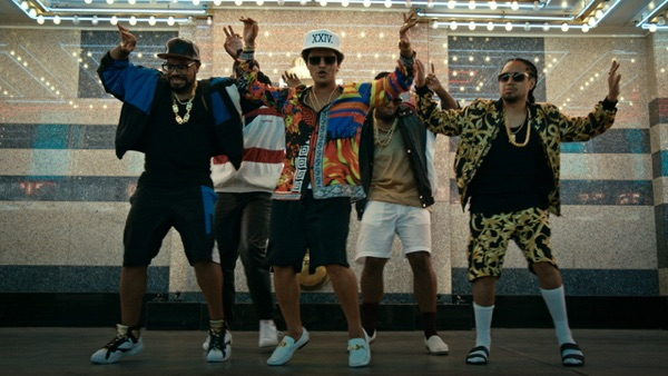Bruno Mars -  music video wiki, reviews